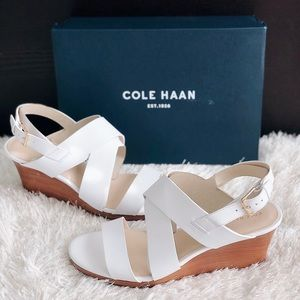✨New COLE HAAN Penelope Wedge Leather Sandals
